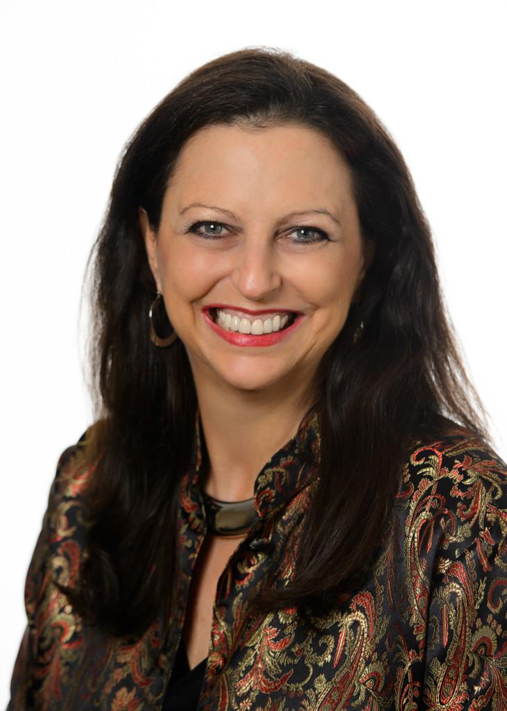 Social Media Marketing Speaker Gina Carr